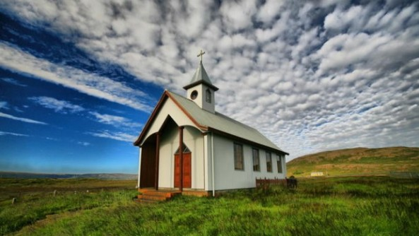 small-church-01-620x350
